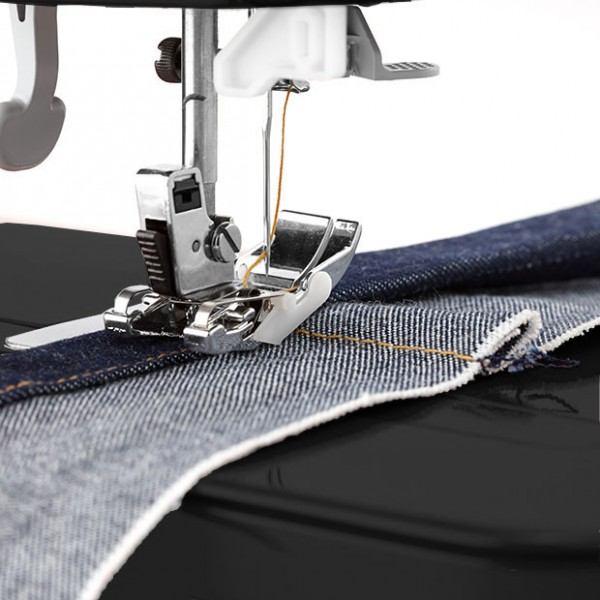 Сшитые квадраты из джинсов