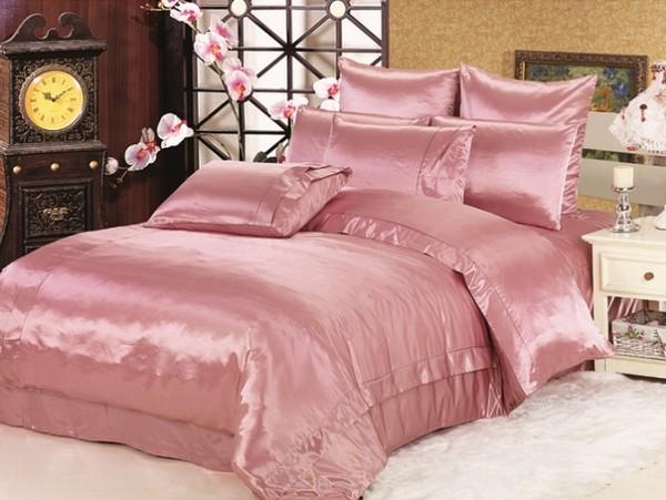 Летнее постельное белье из шелка