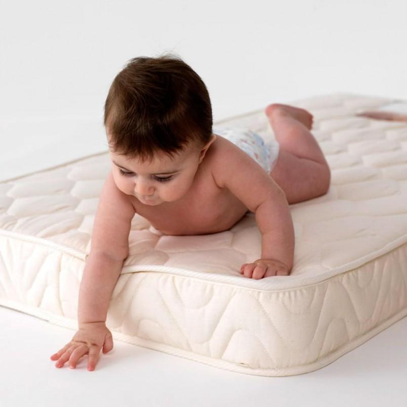 Матрас для новорожденного должен обладать ортопедическим эффектом.