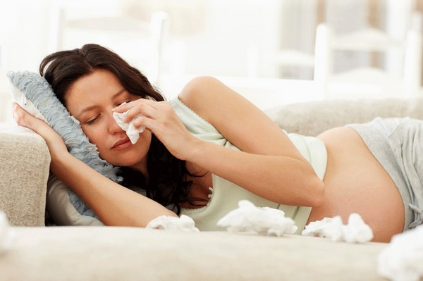 До 40% беременных страдают от ринита
