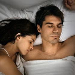 Что означают позы сна влюбленных
