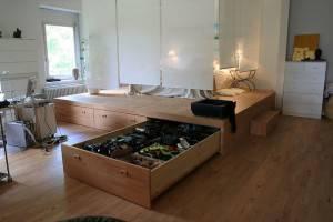 Подиум - кровать с нишей