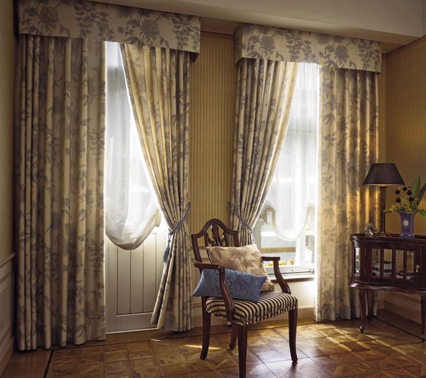 Дизайн классических штор