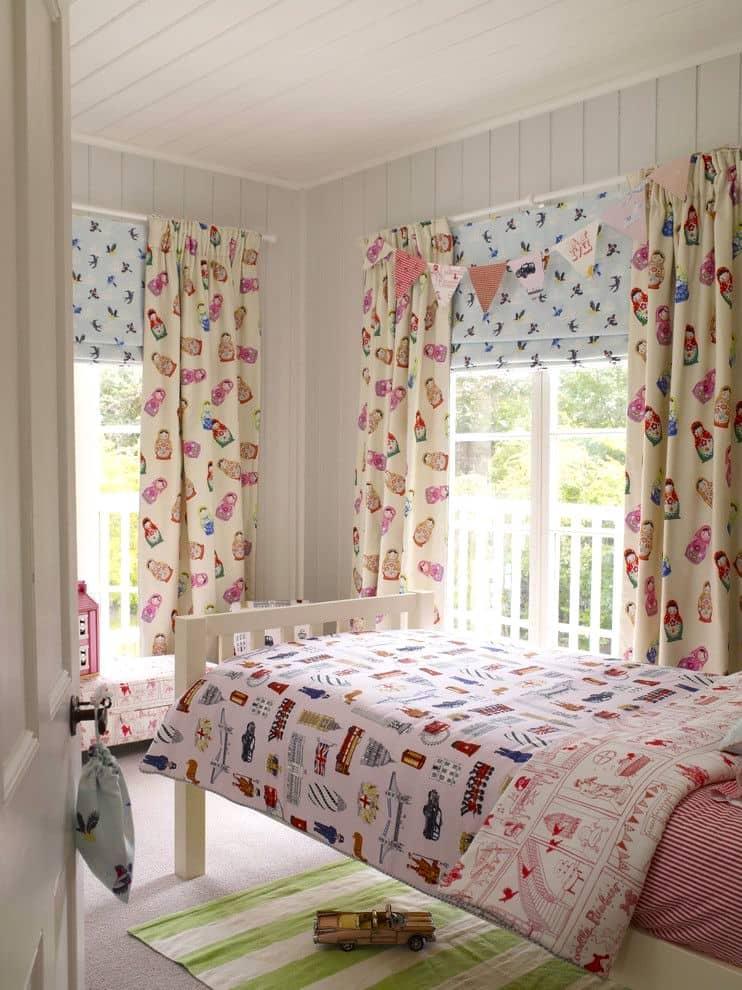 Текстиль в нежных тонах, придает дизайну интерьера более спокойную и расслабленную атмосферу