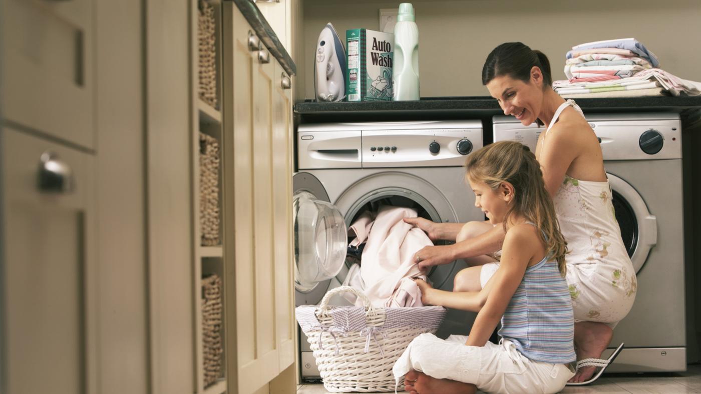 Как стирать лен в стиральной машине или вручную
