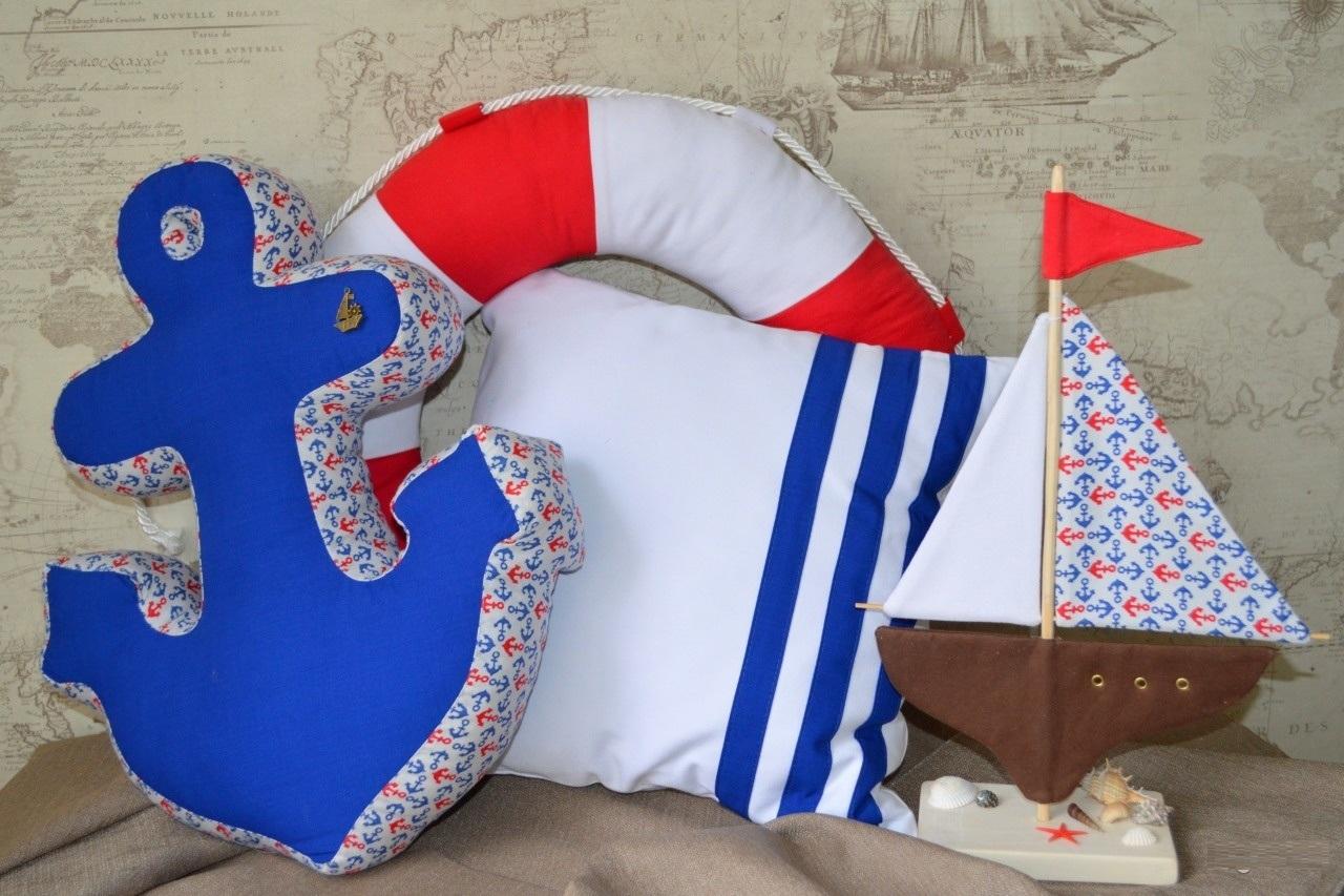 Декоративные подушки для детской комнаты