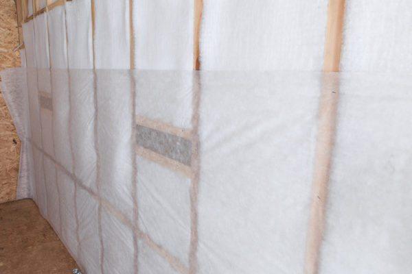 Утепление стен теплоизоляцией Шелтер обойдется в несколько раз дороже, чем минватой