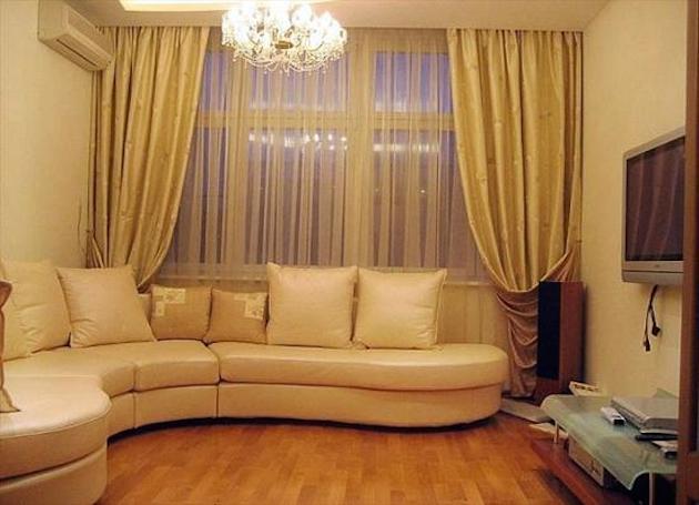 Желтые шторы без ламбрекена в гостиную