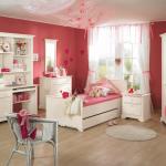 Белая мебель в детскую комнату