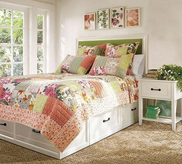 Лоскутное покрывало на кровать