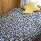 вязаное покрывало на кровать