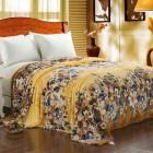 плюшевое покрывало на кровать
