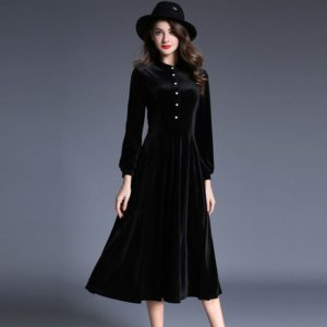 темное платье из бархата