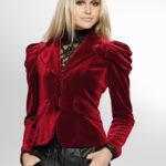 красный пиджак из бархата