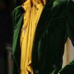 зеленый пиджак из бархата