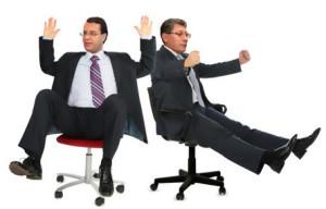 Сидячая работа опасна для позвоночника