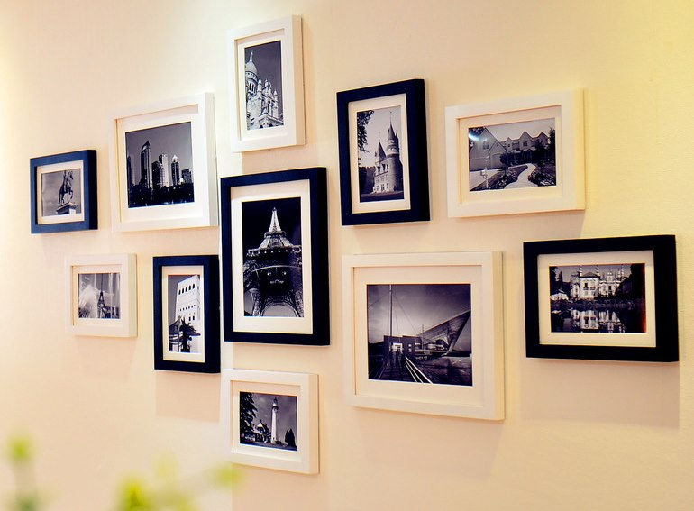 Черные и белы рамки для фотографий