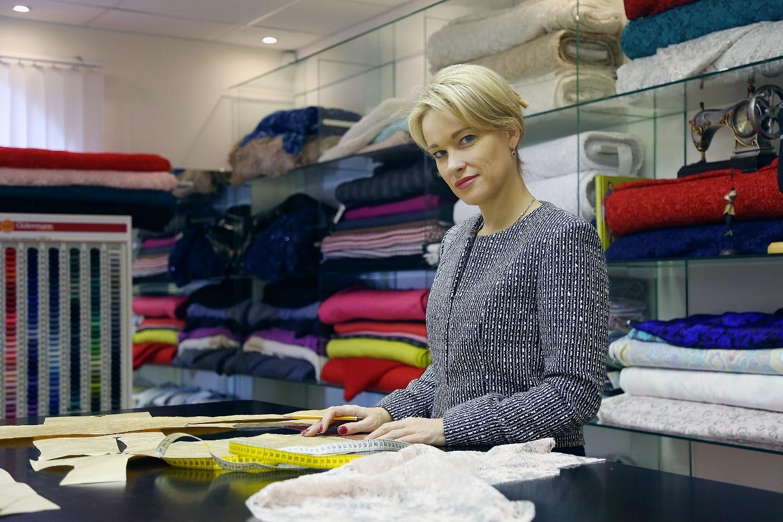 При подборе ткани для любого изделия нужно с максимальным вниманием отнестись к пожеланию клиента