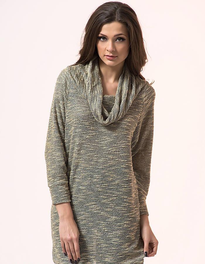 Уютное платье свитер