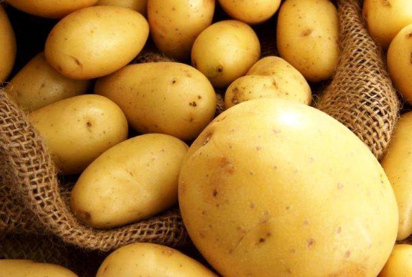 С грязью справится и картофель