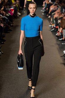 Деловые брюки для женщин за 40