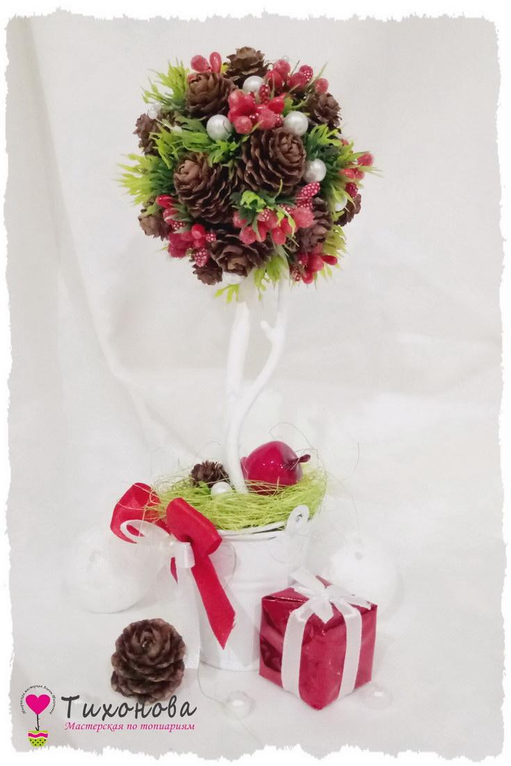 Дерево счастья на новогоднюю тематику с сизалем и шишками