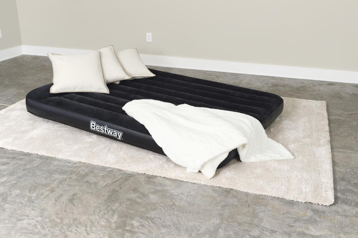 спать на надувном матрасе