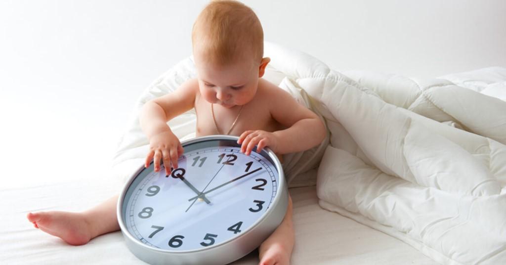 Продолжительность сна по месяцам до года