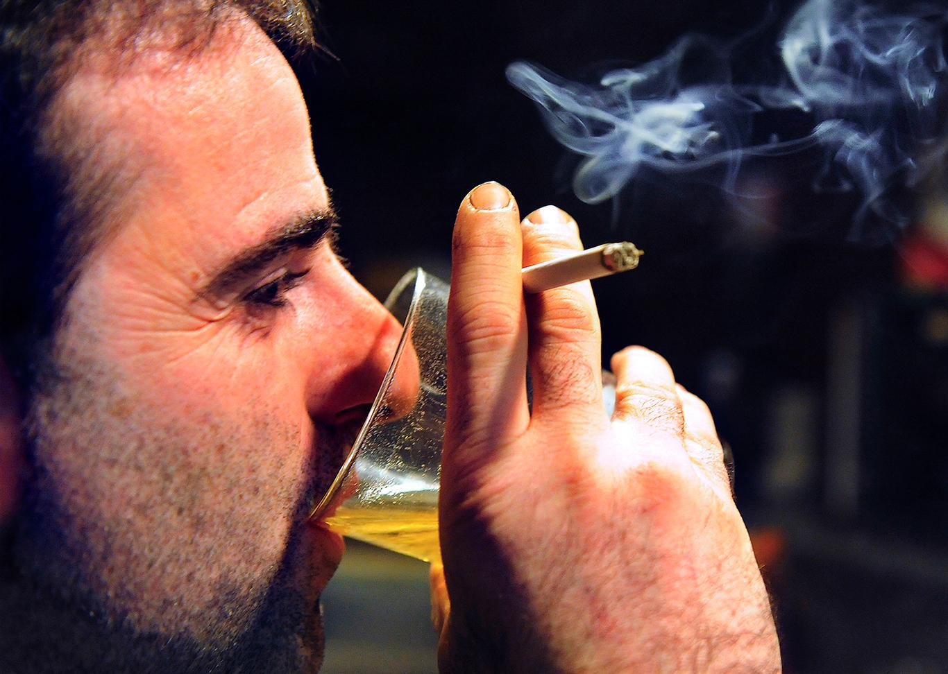 алкоголь и никотин причины сонливости